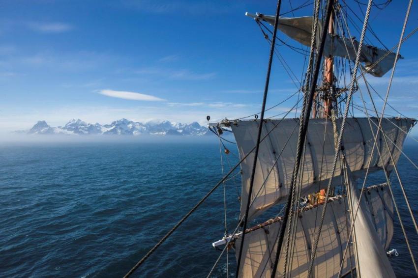DutchTallShipsBye_Bye_South_Georgia