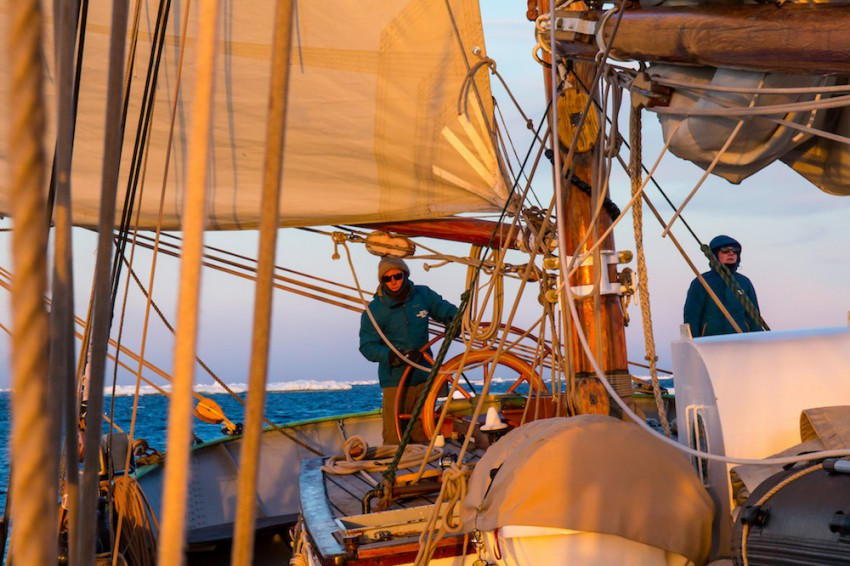 Dutch_Tall_Ships_Tecla_steering