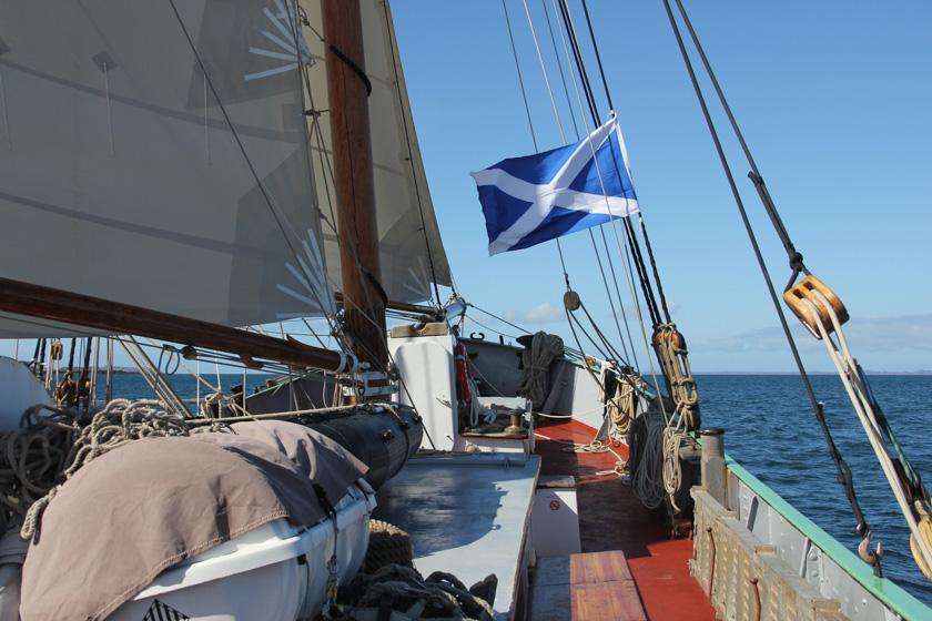 Tecla_scotland_sailing3